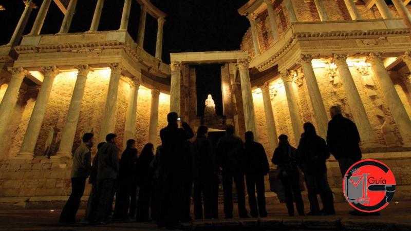 Visita nocturna Teatro-Anfiteatro con guía