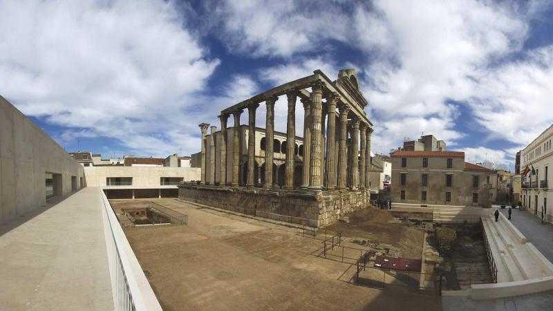 Visita al Templo de Diana