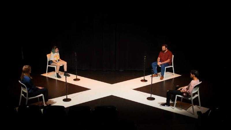 GOLFA (Teatro Rosalía Castro)