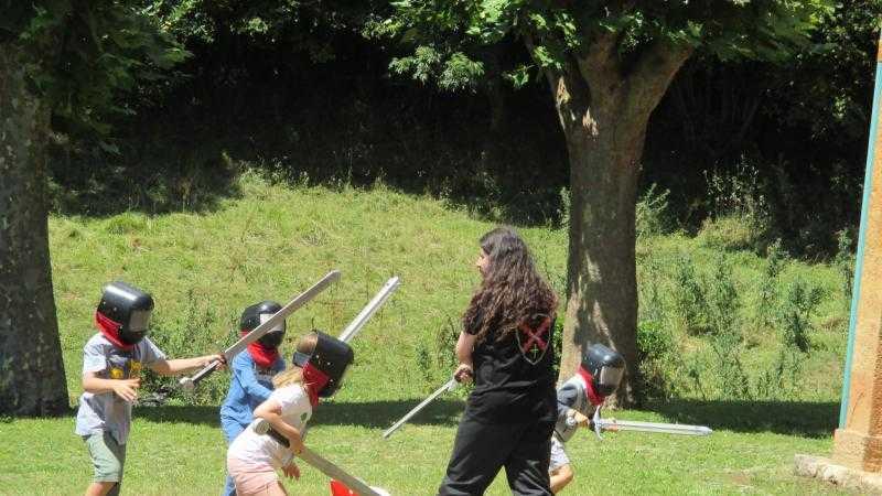 Taller de esgrima antigua para público infantil
