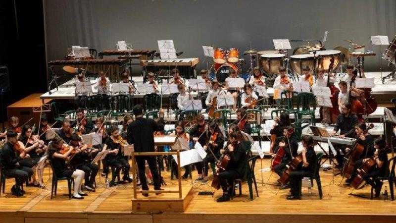 ORQUESTRA DE CORDAS DA ESCOLA MUNICIPAL DE MUSICA DE OLEIROS