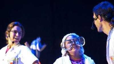 Espectáculo 'Clowntifics y los misterios de la tabla periódica'