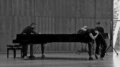 VÉRTIXE SONORA e JAVIER MARTÍN presentan BRUMARIO en el Teatro Colón